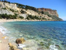 cassis-plage-soleil-ete-vacances-pas-cher